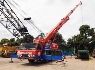 Xe cẩu chuyên dụng 80 tấn tại Cty Thuận Thành Phong Tiền Giang