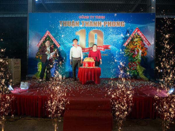 Kỷ niệm thành lập 10 năm thành lập Công Ty TNHH Cơ Khí - Vận Tải Thuận Thành Phong