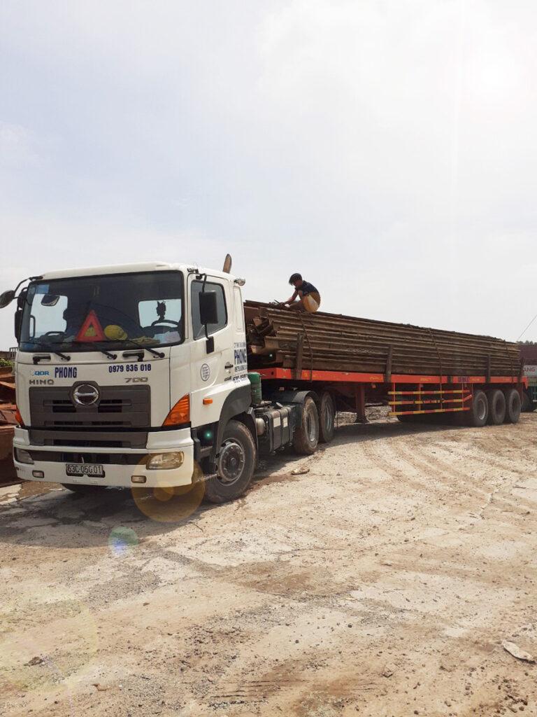Vận Chuyển Xe Cơ Giới, Máy móc, Thiết bị, Vật tư công trình bằng xe đầu kéo - Thuận Thành Phong