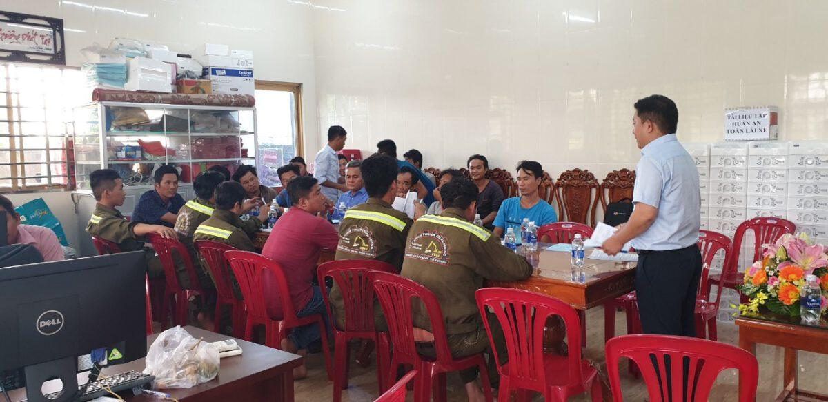 Tập huấn nghiệp vụ lái xe & vệ sinh an toàn lao động 092020 – Thuận Thành Phong (1)