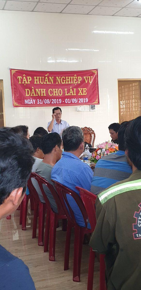 Tập huấn nghiệp vụ lái xe & vệ sinh an toàn lao động 092020 – Thuận Thành Phong (10)