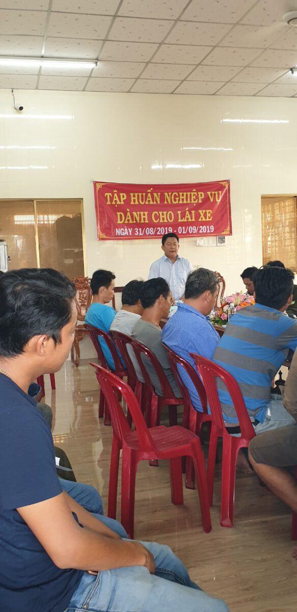 Tập huấn nghiệp vụ lái xe & vệ sinh an toàn lao động 092020 – Thuận Thành Phong (15)